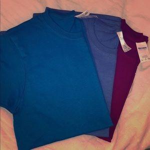 Three Gildan cotton t shirts in turqpise, blue red